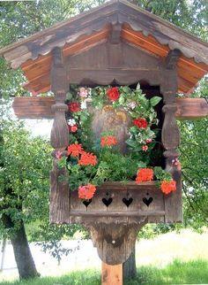 Shrines, Alters and Marian Gardens on Pinterest | Altars, Catholic ...