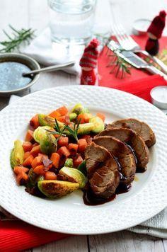 Narancsos-rozmaringos szűzpecsenye ~~ Kifőztük.hu Beef, Food, Meat, Essen, Meals, Yemek, Eten, Steak