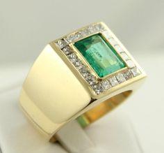 Marvelous Large Men's Designer Columbian Emerald Ring 18k Yellow Gold & Diamonds