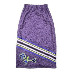 This ribbon skirt was handmade by Margaret Judy Kakenowash Azure (Turtle Mountain Chippewa) and features a large appliqué flower along with purple,. Native American Dress, Native American Regalia, Native American Design, Native Design, Native American Fashion, Traditional Skirts, Jingle Dress, Feather Skirt, Ribbon Skirts