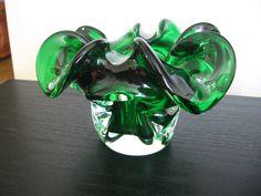 Chalet Art Glass Emerald Green Ruffled Rim Dish Bowl   eBay