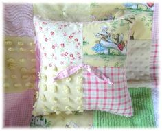 vintage quilts and bedspreads | Vintage Baby Bedding