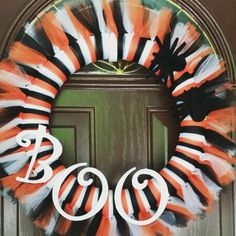 Tulle halloween wreath with letters and felt spider accents