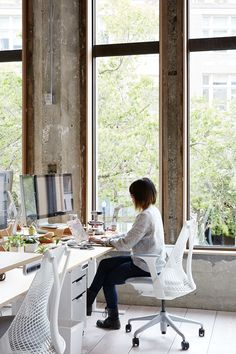 VSCO,an art and technology companythat builds cool digital tools and products such as:VSCO Cam, and VSCO Film , recently decided to move into a newheadquarters located in 1500 Broadway in ... Read More