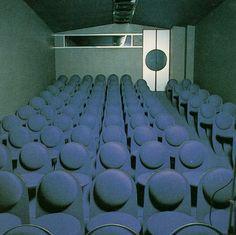 Pierre Cardin •