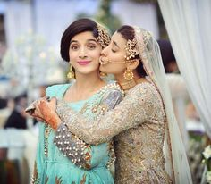 Pakistani actress and her sister look adorable at her sisters wedding. Photography by Desi Wedding, Wedding Wear, Wedding Bridesmaids, Islam Wedding, Wedding Sarees, Wedding Shot, Wedding Album, Wedding Attire, Wedding Dresses
