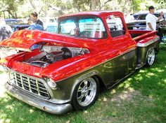 Two Tone Truck Paint Schemes Everyone Is Trying To Mach Or Line Up The Higher Front Fender Crease With Rear