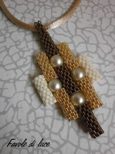 Tubolar peyote This can also be a bracelet using the side tube lengths beaded together.