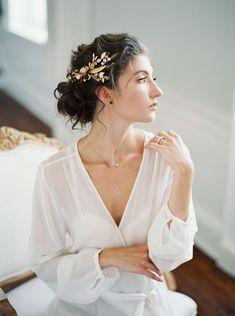 When Winter Turns to Spring - Wedding Inspiration Wedding Day Makeup, Bridal Makeup Looks, Bridal Looks, Bridal Style, Religious Wedding, Elegant Wedding Hair, Spring Wedding Inspiration, Vintage Romance, Bridal Updo