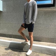 Korean Fashion Trends you can Steal – Designer Fashion Tips Korean Fashion Trends, Korean Street Fashion, Asian Fashion, Stylish Mens Outfits, Casual Outfits, Fashion Outfits, Summer Outfits, Fashion Sites, Mens Fashion