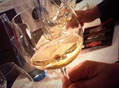 El #vino varía, y mucho, dependiendo de la copa.