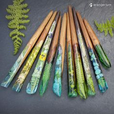 Holz Resin wood nature inspired hair sticks How To Choose Awnings For Your Home Or Business Before, Epoxy Resin Art, Uv Resin, Wood Resin, Wood And Resin Jewelry, Diy Resin Crafts, Wood Crafts, Resin Casting, Hair Sticks, Cute Crafts