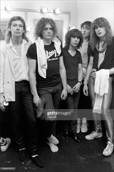 Rock N Roll Music, Rock And Roll, Classic Rock Artists, Vivian Campbell, Phil Collen, Rick Savage, Cmt Music Awards, Celebrities Then And Now, Joe Elliott
