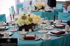 Decoración de bodas en marrón y turquesa: fotos ideas - Mesa en tornos turquesa y marrón chocolate
