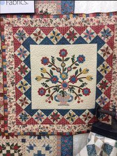 "Fabric: GEORGETOWN by Judie Rothermel Pattern: ""Oak Hill"" by Nancy Rink"