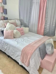 Cute Bedroom Ideas, Cute Room Decor, Girl Bedroom Designs, Pretty Bedroom, Room Ideas Bedroom, Teen Room Decor, Small Room Bedroom, Bedroom Layouts, Home Bedroom