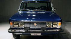 La Fiat 125 blu