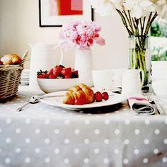 grey polka dot tablecloth. love.