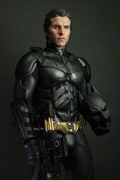Christian Bale as Batman in the movie The Dark Knight Rises Batman Vs Superman, Batman Suit, Spiderman, Batman Batman, Batman Robin, The Dark Knight Trilogy, The Dark Knight Rises, Batman The Dark Knight, Dc Universe