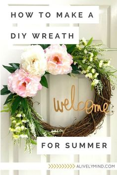 Simple and simple spring / summer DIY wreath to decorate the front door – Summer wreath diy – Wreaths Diy Spring Wreath, Diy Wreath, Wreath Making, Spring Wreaths For Front Door Diy, Wreath Ideas, Diy Hanging Shelves, Diy Home Decor Projects, Reno, Mason Jar Diy