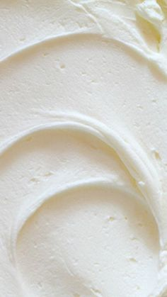Whipped Vanilla Buttercream Recipe ~ An awesomely light and sweet frosting. Whipped Vanilla Buttercream Recipe ~ An awesomely light and sweet frosting. Whipped Buttercream Frosting, Vanilla Frosting, I Am Baker, Baker City, Grenade, Cake Flavors, Frosting Recipes, Cookie Recipes, Cupcake Cakes