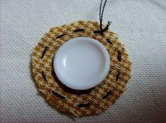 데이지 꽃만들기 과정샷~ : 네이버 블로그 Textiles, Hand Embroidery, Diy And Crafts, Crochet Earrings, Quilts, Handmade, Jewelry, Bags, Wallet