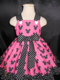 Minnie Mouse Dress, Disney Minnie Mouse, Hot Pink and Black, Trimmed in Black and White Polka Dots. Girl Doll Dress available, Sz Cotton Frocks For Kids, Frocks For Girls, Little Girl Dresses, Girls Dresses, Kids Frocks Design, Frock Design, Crop Top Outfits, African Fashion Dresses, Baby Dress