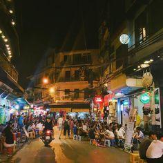Instagram의 님: #하노이#맥주거리 사람많고 시끄럽고 맥주는 맛있고