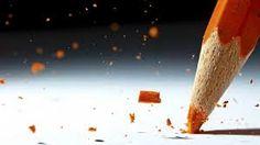 "High Speed Photography by Lex Augusteijn. Lex Augusteijn is an amateur Dutch photographer specialising in high-speed photography. He says: ""The images are Macro Photography Tips, High Speed Photography, Action Photography, Close Up Photography, Micro Photography, Photography Settings, Object Photography, Levitation Photography, Experimental Photography"