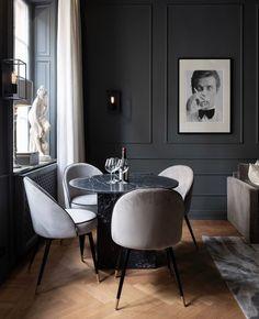 Black Interior Design, Apartment Interior Design, Interior Decorating, Dining Room Walls, Living Room Decor, Home Room Design, House Design, Casa Milano, Dark Interiors