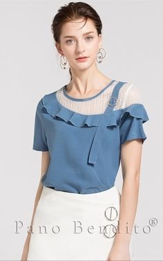Tremendous Sewing Make Your Own Clothes Ideas. Prodigious Sewing Make Your Own Clothes Ideas. Sari Blouse Designs, Blouse Patterns, Stylish Dress Designs, Stylish Dresses, Make Your Own Clothes, Knitted Poncho, Sewing Clothes, Corsage, Cute Tops