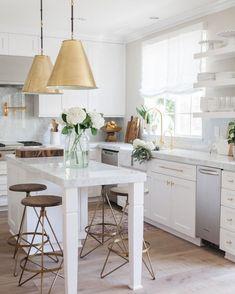 Nice 59 Fabulous Modern Coastal Kitchen Remodel on a Budget https://toparchitecture.net/2017/12/25/59-fabulous-modern-coastal-kitchen-remodel-budget/