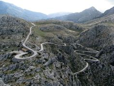 Sa Calobra - Photo: http://www.cyclinglocations.com/sa-calobra-climb-mallorca/