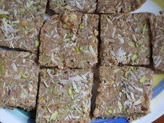Chachi's Kitchen: Gundh / Goondh Pak