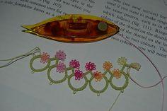 tatted edging flowers colors frivolite shutle