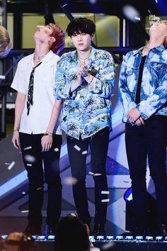 Suga ❤ Korean Music Wave DMC Festival #BTS #방탄소년단