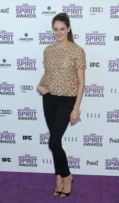 Shailene Woodley (The descendants) at the Spirit Awards, the perfect length and very youthful