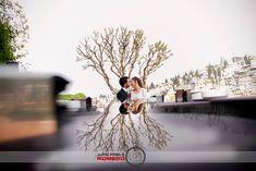 Fotografos Bodas Granada Próximamente Carmen + Daniel En las próximas semanas os presentaré una boda majestuosa. Celebrada en un entorno incomparable como es el Carmen de los Chapiteles de Granada. La diversión estuvo presente desde el primer momento que empecé a realizar las primeras fotografías.