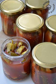 Ogórki w ketchupie na zimę. Ogórki w zalewie ketchupowej w słoikach na zimę. Przetwory z ogórków gruntowych na zimę. Ogórki w ketchupie do słoików. Ketchup, Preserves, Pickles, Curry, Food And Drink, Homemade, Canning, Vegetables, Drinks
