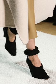 Chloé Fall 2014 Ready-to-Wear - Details - Gallery - Style.com