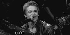 hunter hayes gif - Google Search that's hot!!