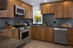 Get inspired with these Modern Kitchen pictures. Organize Kitchen designs and ideas with Modern styles and layouts. Refacing Kitchen Cabinets, Cabinet Refacing, Granite Kitchen, Granite Countertops, Kitchen Pictures, Kitchen Ideas, Kitchen Redo, Kitchen Gallery, Cabinet Design