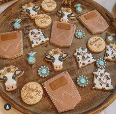 Cow Birthday Parties, Rodeo Birthday, Birthday Cookies, 1st Birthday Girls, Birthday Ideas, Western Birthday Cakes, Country Birthday Party, Jessy James, Cowboy Baby Shower