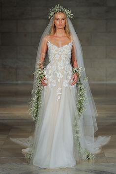 Reem Acra 2018 Wedding Dress 7