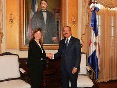 Presidente Danilo Medina recibe visita de asesora especial ONU-Mujeres