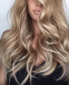 8 Coolest Hair Colors That Will Be In Huge Demand in 2019 - Blonde Hair Blonde Hair For Brunettes, Blonde Hair Looks, Blonde Curly Hair, Blonde Hair With Highlights, Color Highlights, Cool Hair Color, Hair Colors, Pinterest Hair, Hair Trends