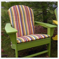 Step-by-step instructions to make an Adirondack chair cushion.