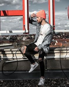 Style by @patrickdossantosaveiro Yes or no? Follow @mensfashion_guide for dope fashion posts! #mensguides #mensfashion_guide
