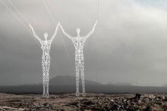 Choi+Shine Architects взялись воплотить амбициозную идею «очеловечивания» опор ЛЭП Исландии. Архитекторы планируют при помощи минимальных вмешательств в конструкцию «башен» превратить их в «дружелюбных гигантов», которые никак не повлияют на передачу электроэнергии, но, наверняка, будут вызывать бурю эмоций у каждого прохожего.  Полюбоваться на 7 белых фигур огромного роста можно будет уже в следующем году.