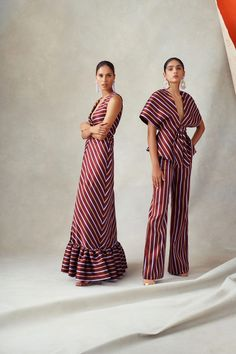 Sachin & Babi Spring 2019 Ready-to-Wear Fashion Show Collection: See the complete Sachin & Babi Spring 2019 Ready-to-Wear collection. Look 10 Runway Fashion, Fashion Show, Womens Fashion, Fashion Trends, Work Fashion, Fashion Tips, Diy Vetement, Street Style Women, Stylish Outfits